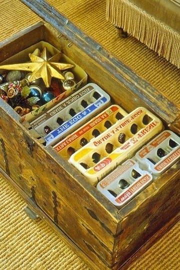 Cartones de huevos para guardar adornos pequeños